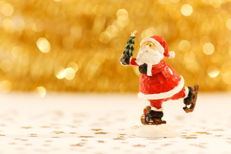 To the Christmas Season Lover in November www.herviewfromhome.com