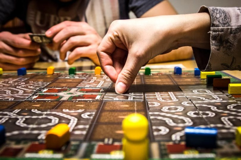 6 Must Have Family Games www.herviewfromhome.com