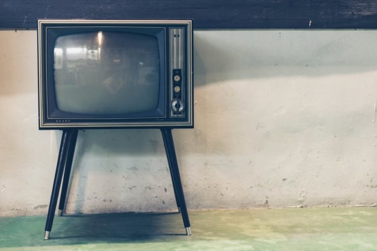 Dear Television: We're Thinking About Leaving You Behind... For Good www.herviewfromhome.com