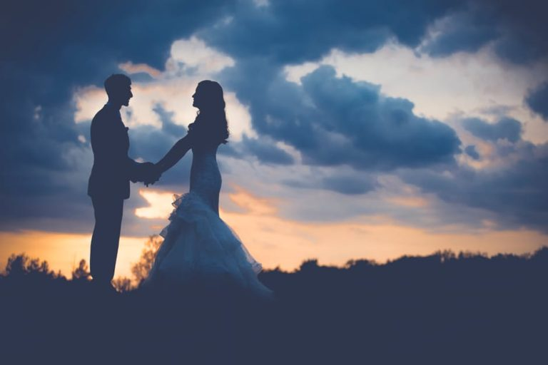 I Shouldn't Have Worn White On My Wedding Day www.herviewfromhome.com