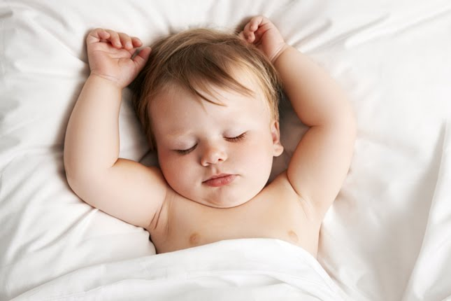 I Have Two Infants, Two Toddlers, & Two Young Kids, and I Sleep Nine Hours Every Night www.herviewfromhome.com