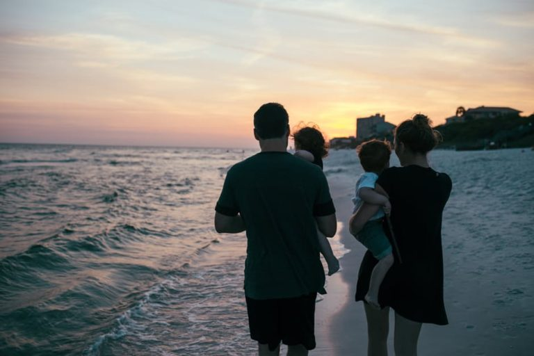 I Just Want To Fit In - The Infertility Club www.herviewfromhome.com