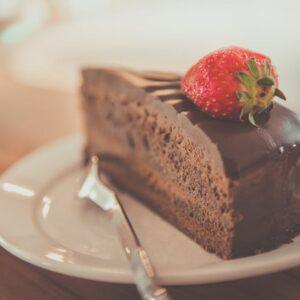 Dear Cake-Shamed Mom