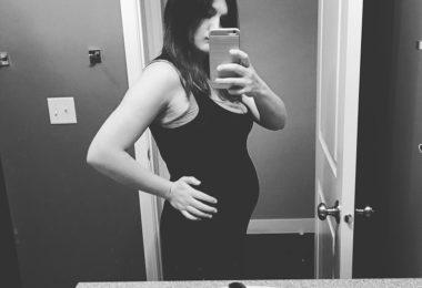 Dear Postpartum Body - I Hate You www.herviewfromhome.com