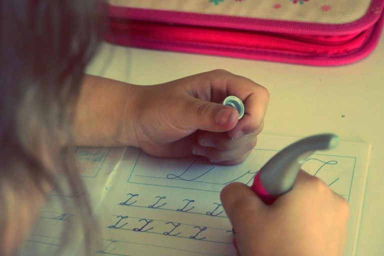 10 Important Life Lessons Children Teach Us www.herviewfromhome.com