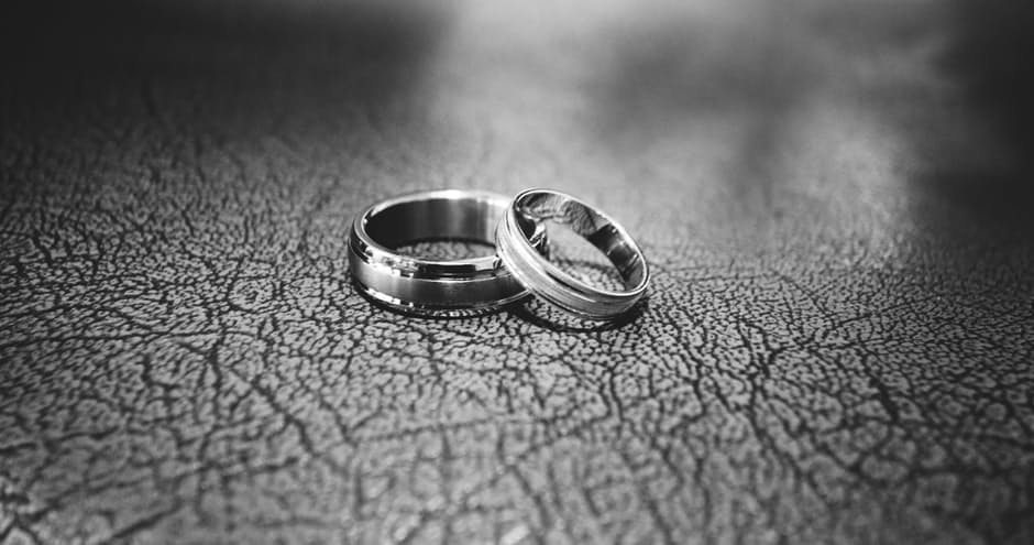 The Beauty In The Mess: How We Saved Our Failing Marriage www.herviewfromhome.com