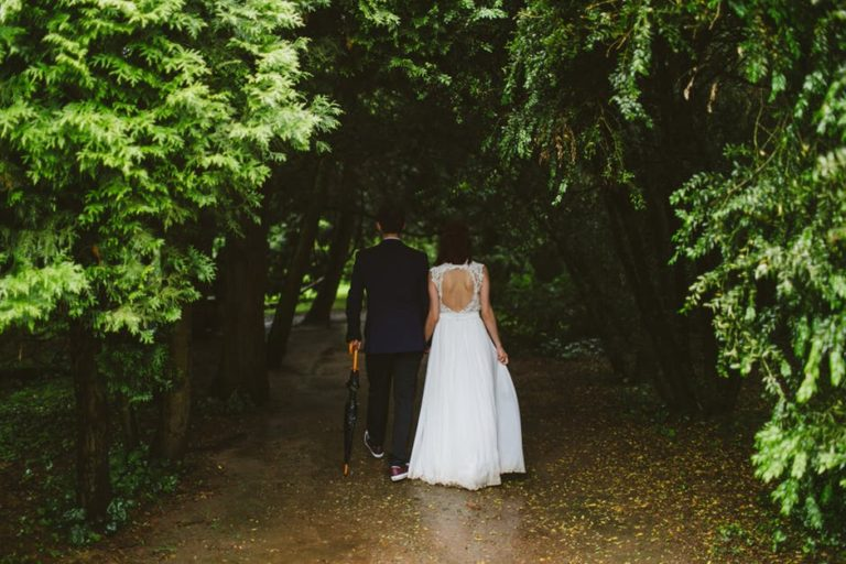 I'm Happily Married And My Wedding Didn't Cost Twenty Thousand Dollars www.herviewfromhome.com