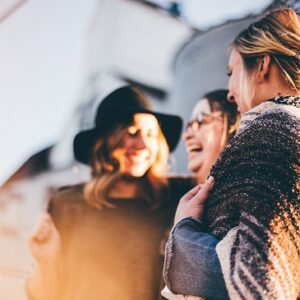4 Un-Lame Ways to Make More Mom Friends