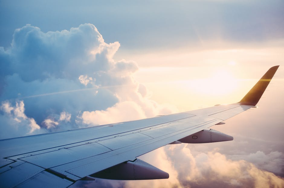 Ten Must Haves on an Airplane with Kids www.herviewfromhome.com