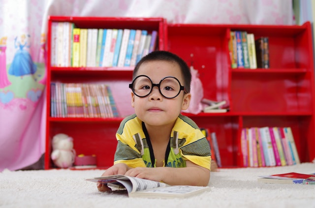 How to Raise Interesting Kids www.herviewfromhome.com