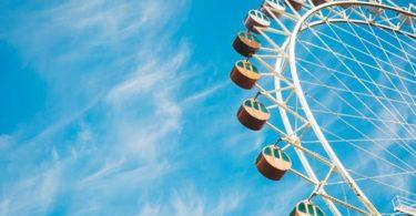 20 Family Friendly Summer Bucket List Ideas! www.herviewfromhome.com