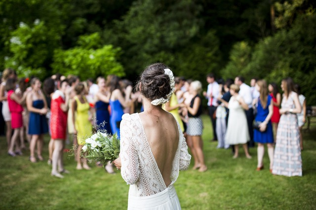 I Barfed At My Wedding, But It's Not What You Think www.herviewfromhome.com