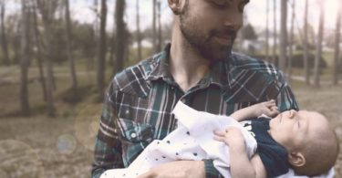 To All The Dads of Littles www.herviewfromhome.com