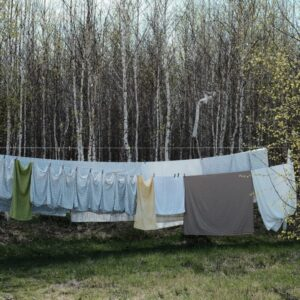 5 Ways to Praise Jesus While Doing Laundry