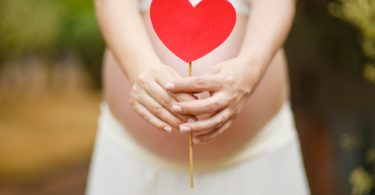 To My Best Friend As You Prepare To Become A Mom www.herviewfromhome.com