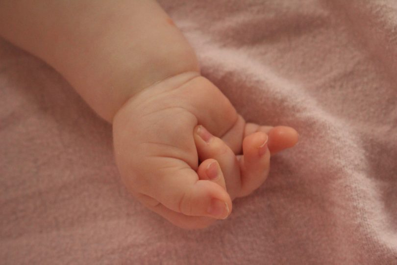 11 Ways to Help a New Mom www.herviewfromhome.com