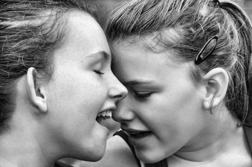 5 Truths About The Ties Between Sisters www.herviewfromhome.com
