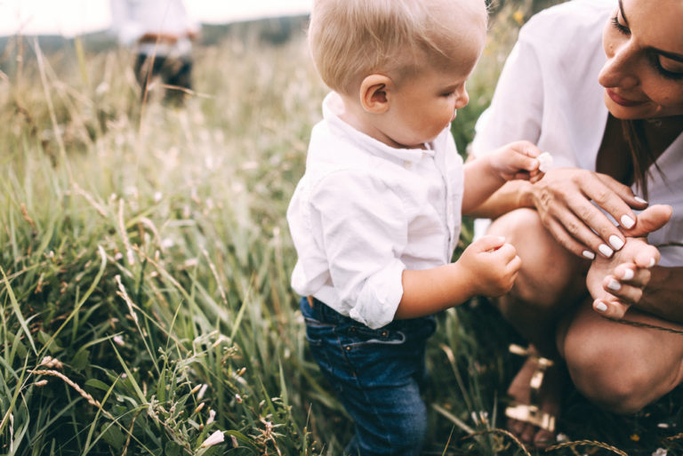 I Became a Slow Mom and Here's Why www.herviewfromhome.com