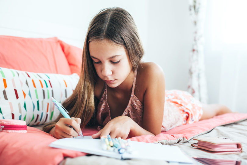 16 Things To Say To Your Kids When They're Having a Bad Day www.herviewfromhome.com