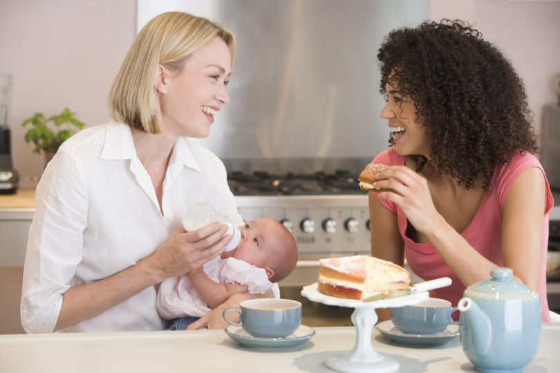 Six Reasons to Befriend a Mom Who's Been There, Done That www.herviewfromhome.com