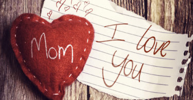 A Love Letter to Working and Stay-at-Home Moms www.herviewfromhome.com