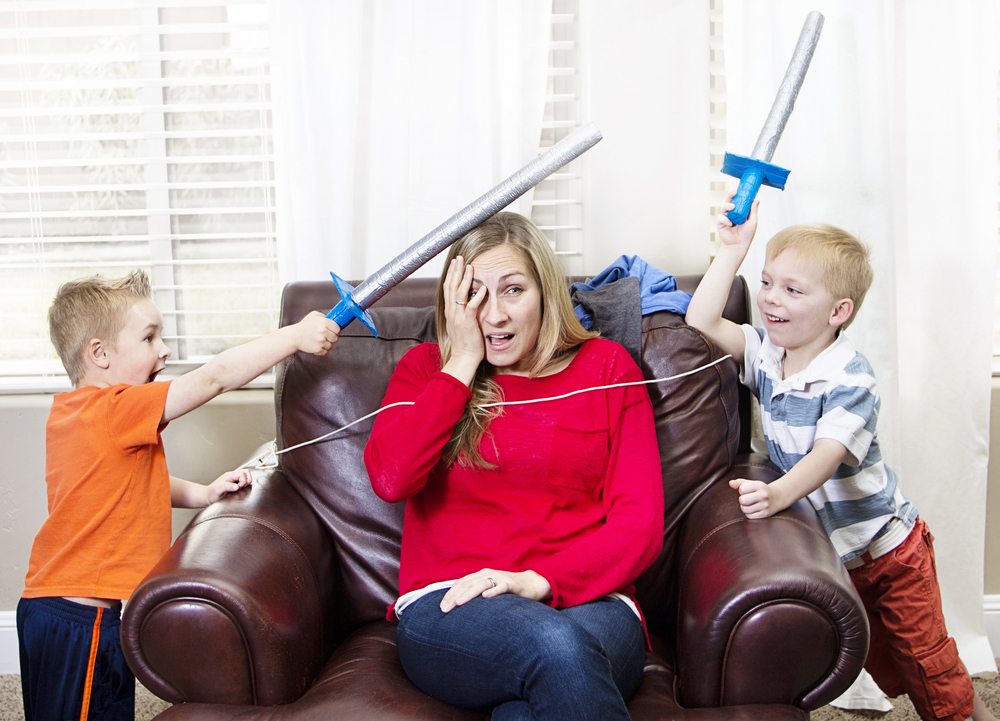 Mommin' Ain't Easy: Five Confessions of a Real Life Mom www.herviewfromhome.com