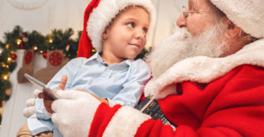 I Told My Son the Truth About Santa and He Didn't Believe Me www.herviewfromhome.com