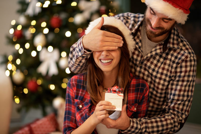 5 Realistic Things Every Mama Wants Her Baby Daddy to Get Her This Christmas www.herviewfromhome.com
