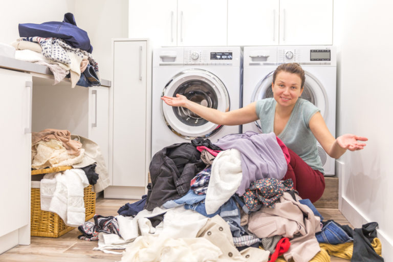 I'm a Terrible Housekeeper, But I Just Don't Care www.herviewfromhome.com