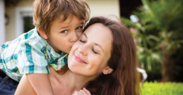 When Motherhood Feels Broken www.herviewfromhome.com