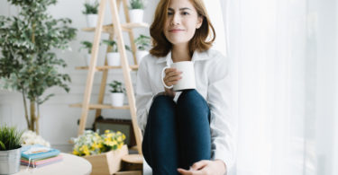 Want To Become a Minimalist? Start Here. www.herviewfromhome.com