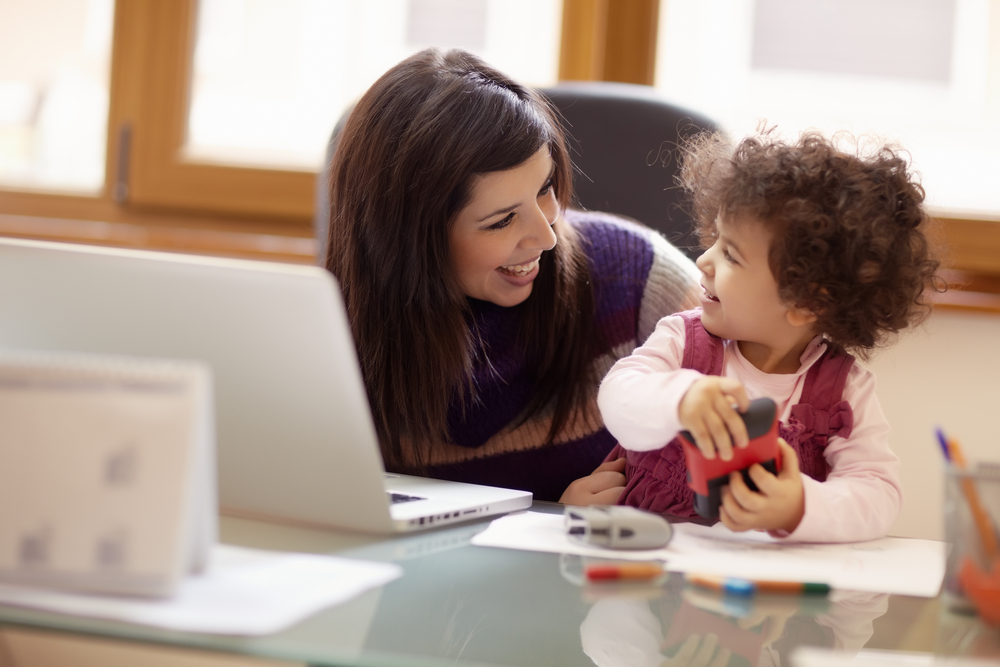 Dear Daughter, You Can Choose Both Kids and a Career www.herviewfromhome.com