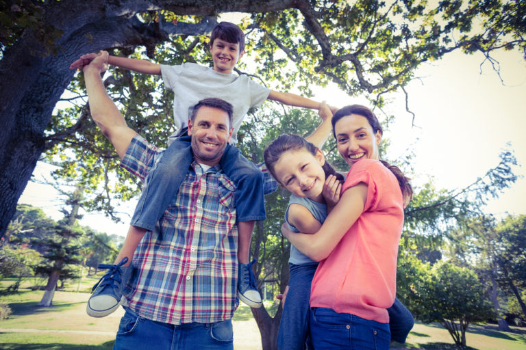 The Madness of Motherhood is True For Fatherhood, Too www.herviewfromhome.com