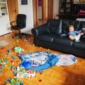 Experts Say It's True: That Mess Is Causing You Stress