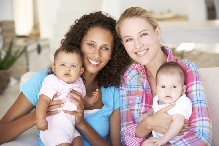 This is What Happens When Moms Stick Together www.hervewfromhome.com