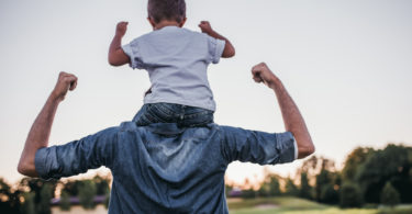 7 Reasons Dads Are Incredibly Awesome www.herviewfromhome.com