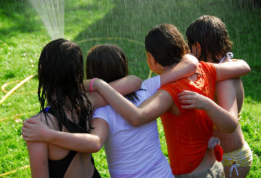 I Want My Kids To Find Their Neighborhood Tribe www.herviewfromhome.com