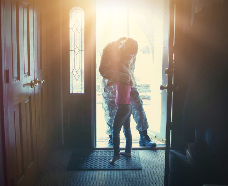 4 Ways to Celebrate Dad on Father's Day When He's Deployed www.herviewfromhome.com
