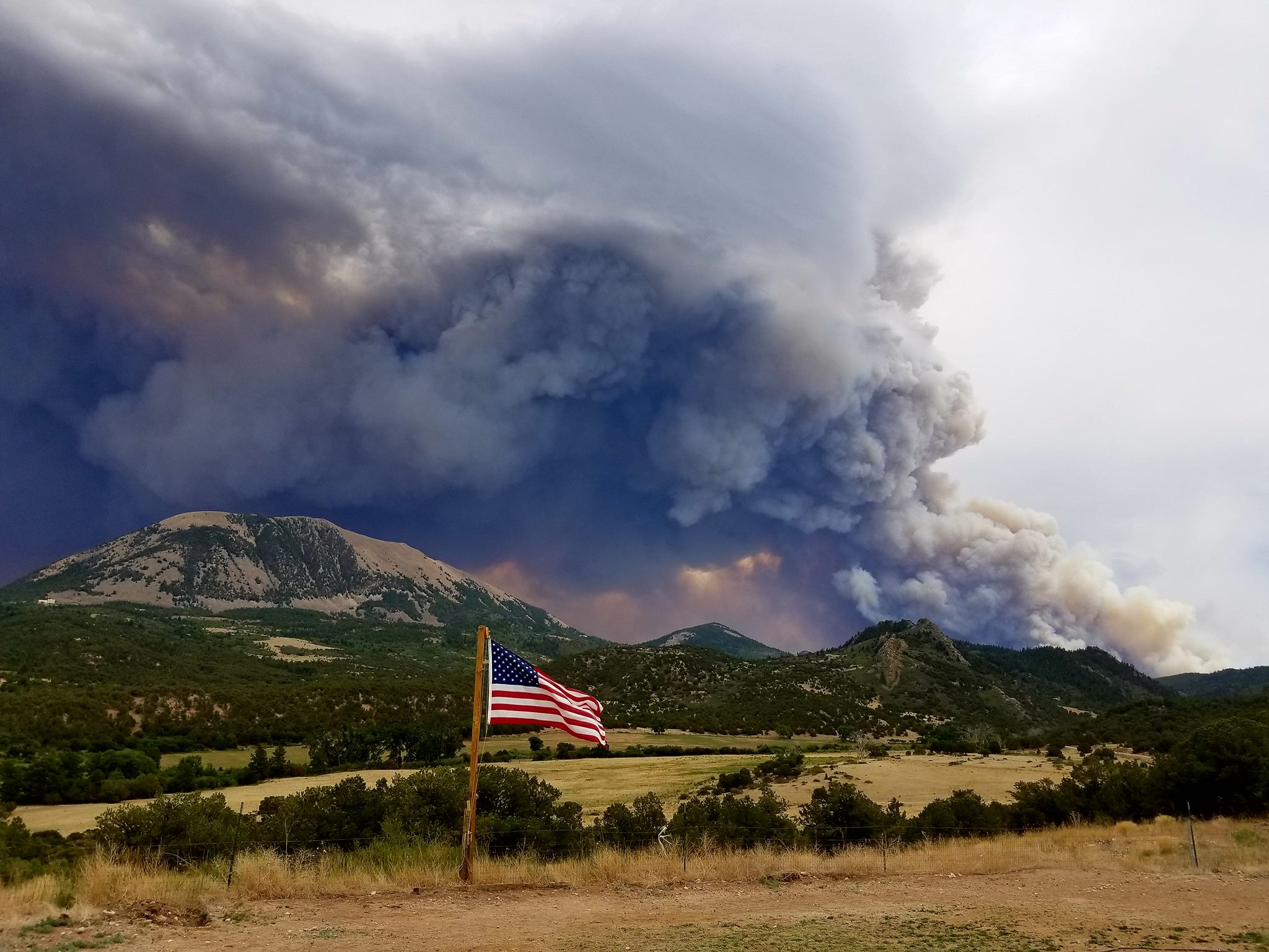 Colorado Wildfires Are Threatening My Home...and So Many Precious Memories www.herviewfromhome.com
