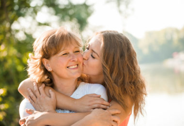 12 Tidbits of Wisdom From an Experienced Mama www.herviewfromhome.com