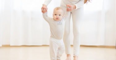 Want a Smarter Baby? Science Says Let Him Go Barefoot www.herviewfromhome.com