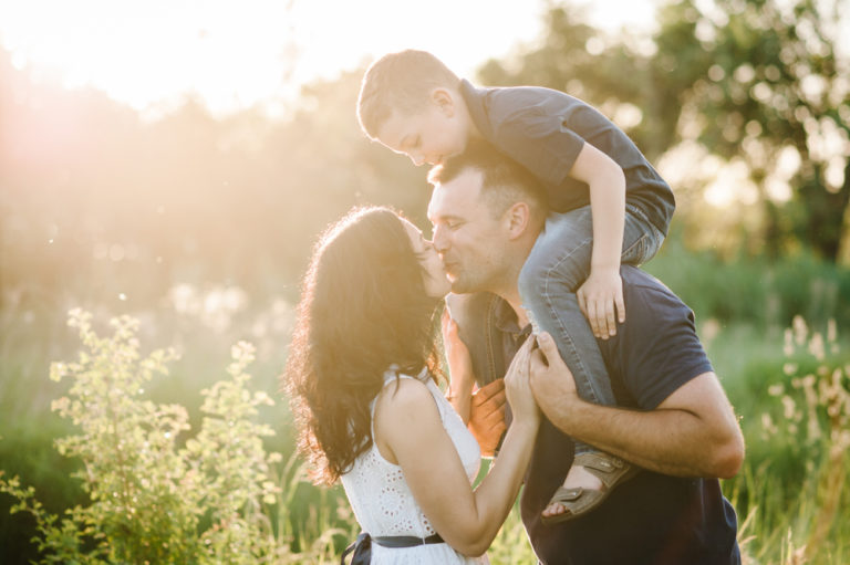 Your Kids Are Important, But so is Your Marriage www.herviewfromhome.com