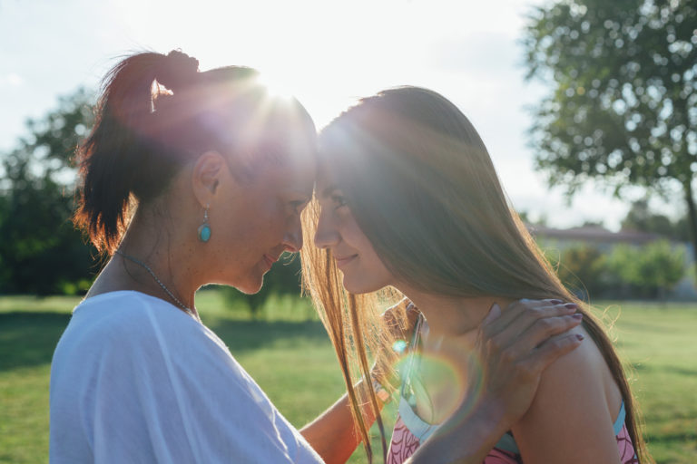 Dear Teenage Daughter, I Remember What it Was Like to Be You www.herviewfromhome.com