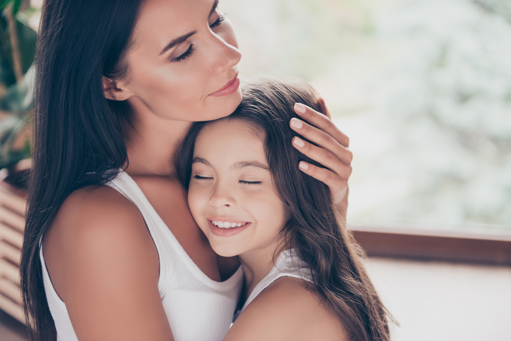 Dear Moms, The Greatest Gift We Can Give Our Daughters is Our Time www.herviewfromhome.com