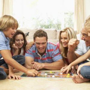 10 Great Family Board Games to Play With Kids Under 8