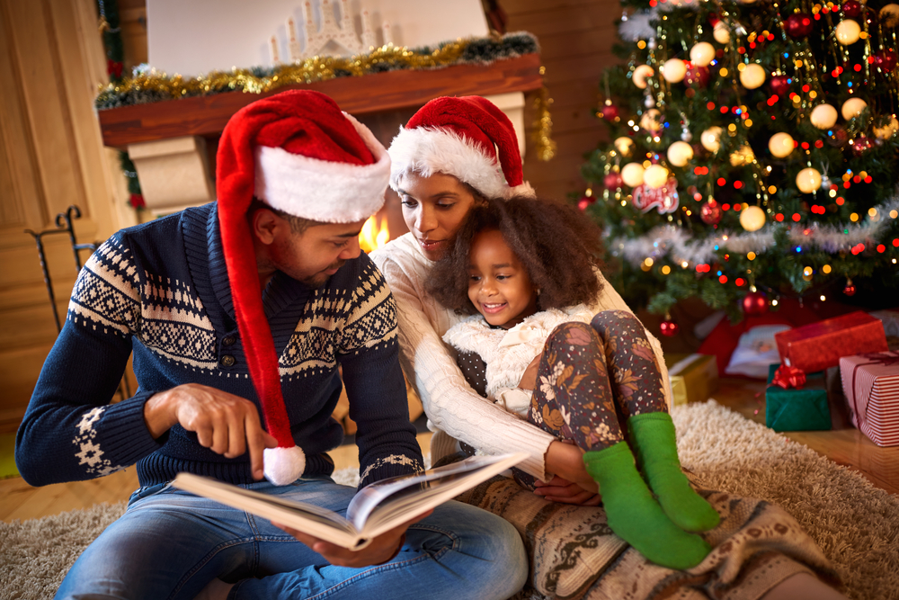 The Only Gift Your Kids Need This Year is Your Time www.herviewfromhome.com