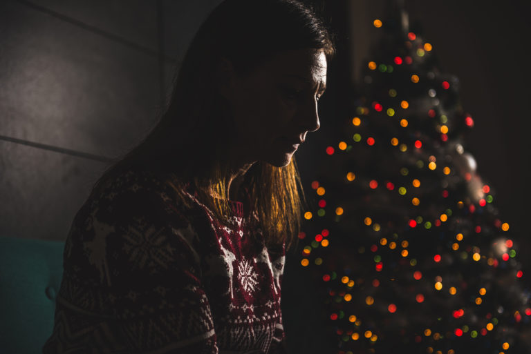I'm a Single Mom Who Dreads Christmas www.herviewfromhome.com