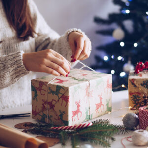 The Tired Mom's Guide to Holiday Wrapping