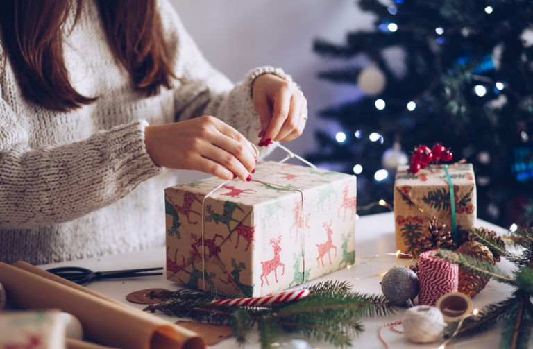 The Tired Mom's Guide to Holiday Wrapping www.herviewfromhome.com