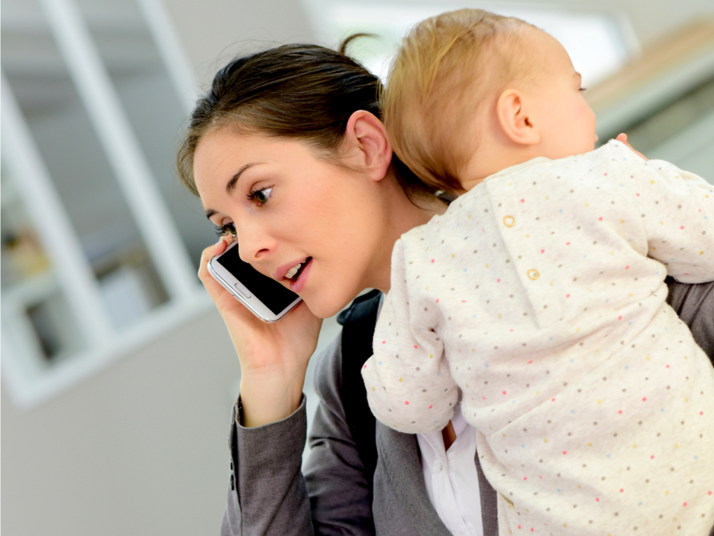7 Things a Mom Does Before She Even Gets to Work www.herviewfromhome.com